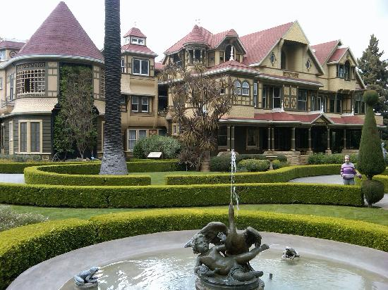 Winchester Mystery House: Free Garden Tour!