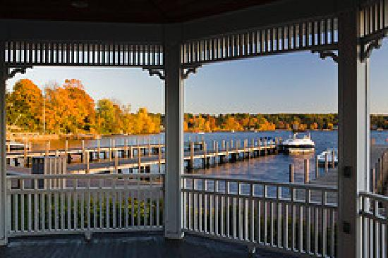 Wolfeboro, New Hampshire: Observing the town docks and Lake Winnipesaukee from Wolfeboro's gazebo.