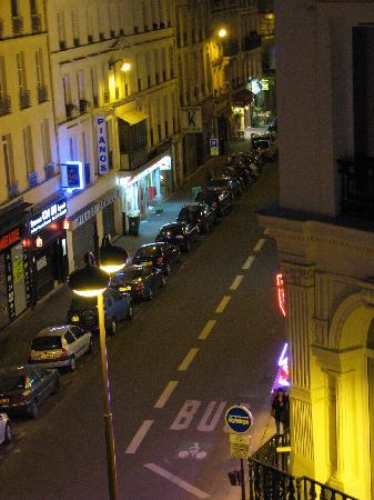 Jeff Hotel- Paris: Rue Monmartre