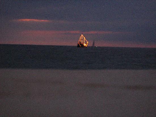 Las Palmas by the Sea: Vista nocturna