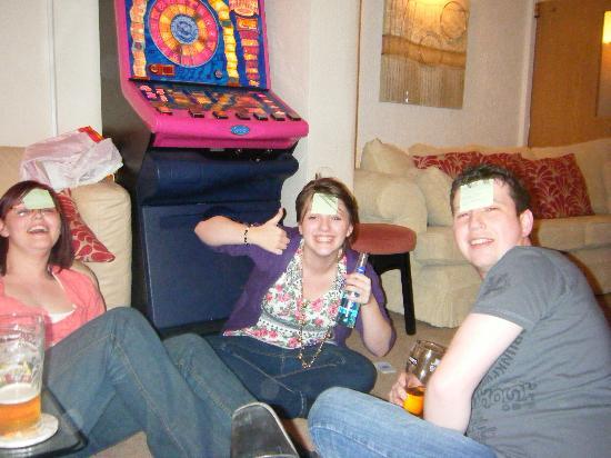 The Kenley: Fun in the lounge