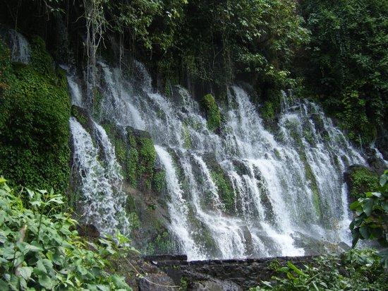 Sonsonate, Salwador: Cascades de Juayua