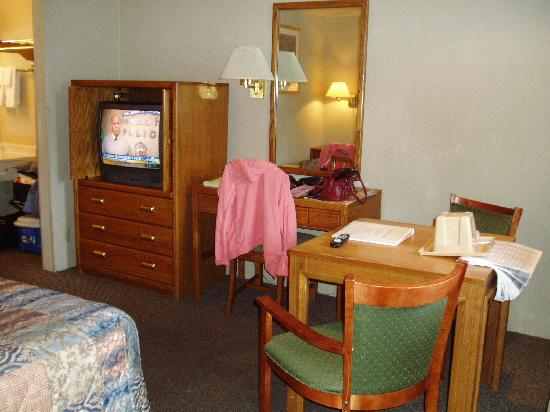 Main Motel: Room