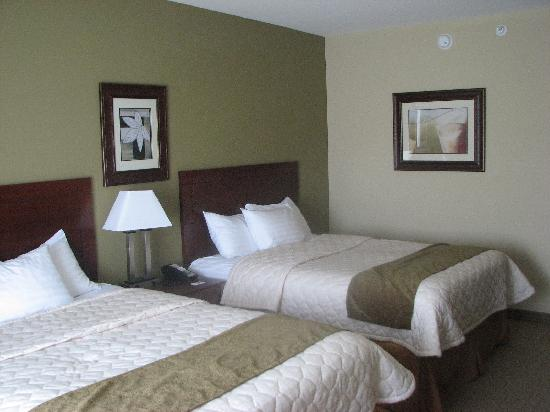 BEST WESTERN PLUS Montezuma Inn & Suites : Smart, modern, perfect sized rooms
