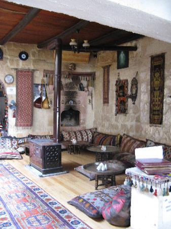 Göreme Restaurant: the cushioned bit