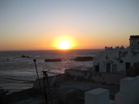 Dar Loulema : Sunset view from the top terrace