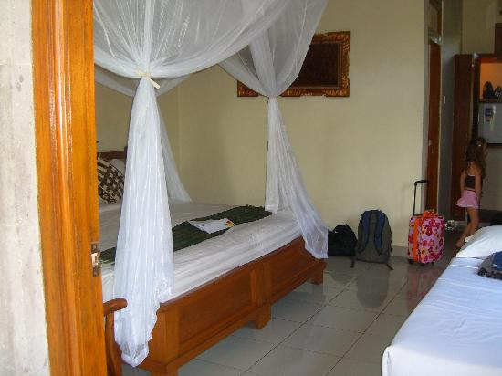 Saren Indah Hotel: our room