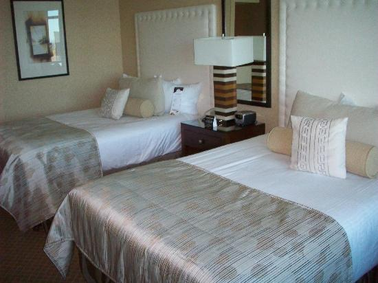 Hotel Rooms In Windsor Canada