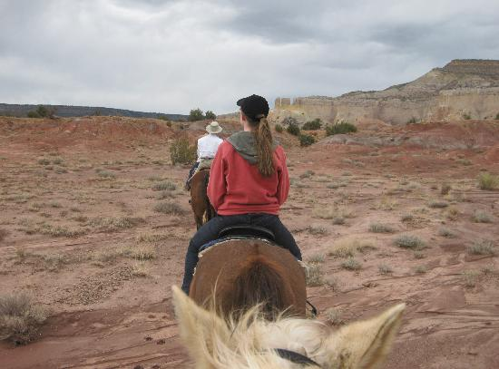 Abiquiu, Нью-Мексико: Ghost Ranch horseback ride