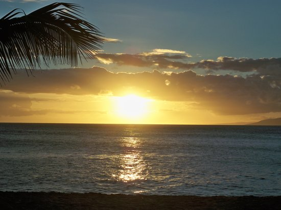 Lahaina, HI: Napili Bay at Sunset