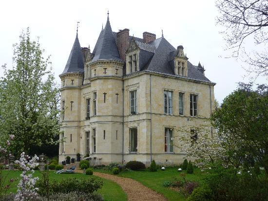 le hall d 39 entr e picture of chateau de la verrerie. Black Bedroom Furniture Sets. Home Design Ideas