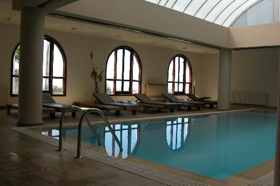 Onar Holiday Village: indoor swimming pool