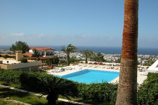 Onar Holiday Village: viewoutdoor pool