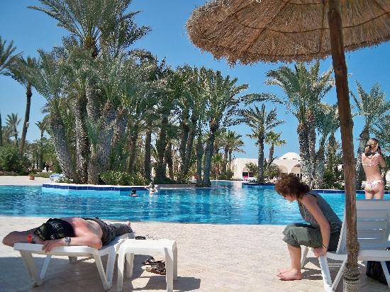 Zita Beach Resort: la piscine