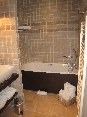 Hotel de la Fossette : Magnifique salle de bain