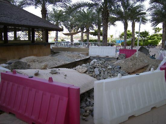 Royal Club Palm Jumeirah : The swimming pool