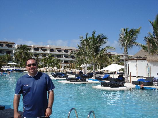 Secrets Maroma Beach Riviera Cancun Vista De La Piscina