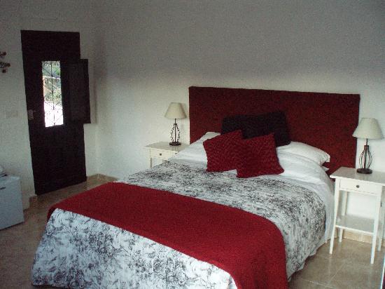 Casa Colina: The Almond Suite