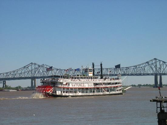New Orleans, LA: The Natchez on the Mississippi