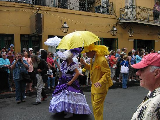 New Orleans, LA: French Quarter Festival Parade