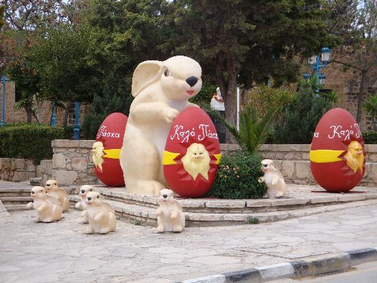Pernera Beach Hotel: Easter decorations