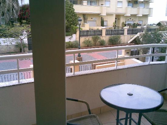 Apartamentos Turisticos Fercomar: balcony