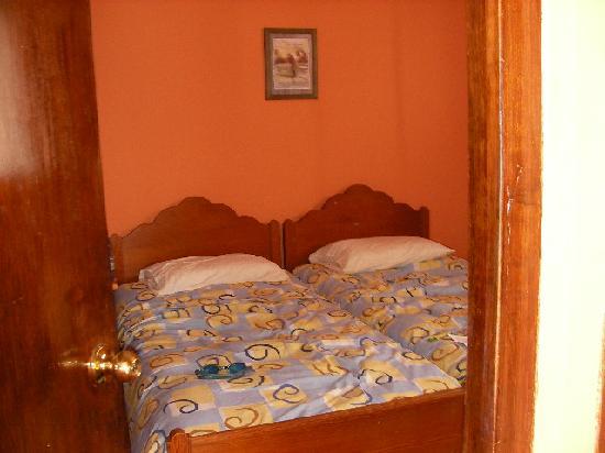 Gisela & Carlos House: Main room