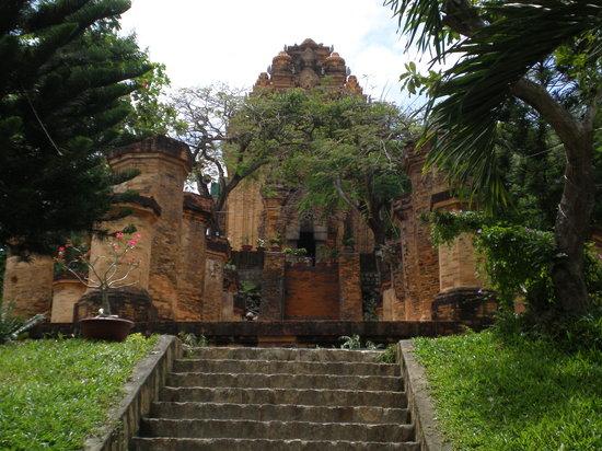 Να Τρανγκ, Βιετνάμ: torres