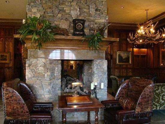Grand Bohemian Hotel Asheville, Autograph Collection: Lobby area.