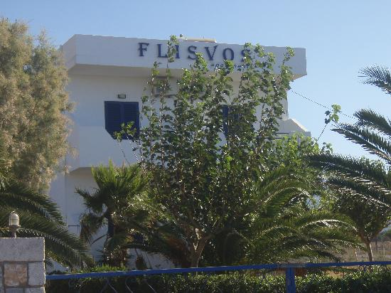 flisvos apartments