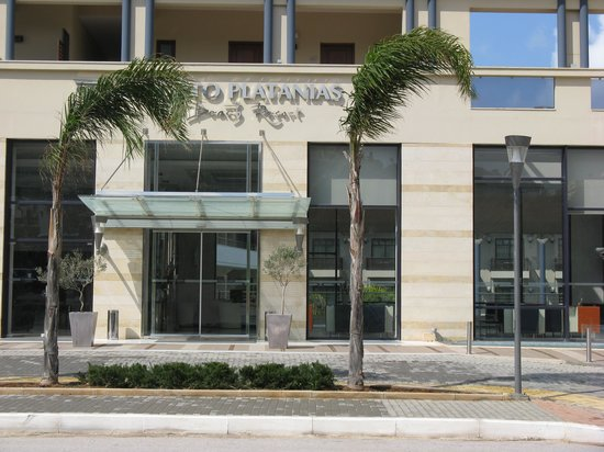 Porto Platanias Beach Resort & Spa : The entrance
