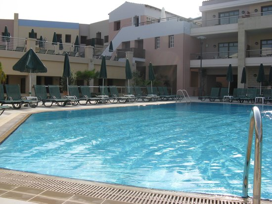 Porto Platanias Beach Resort & Spa : One of the swimming pools