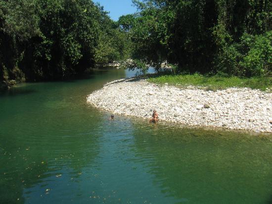 SunCampDR : the river