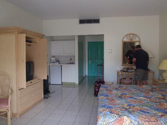 مارياز باي ذا سي هوتل: Big Clean room at Maria's