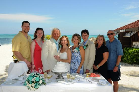 Breezes Resort Spa Bahamas Wedding At In April