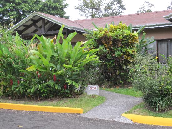 Arenal Springs Resort and Spa: another view of our room 401