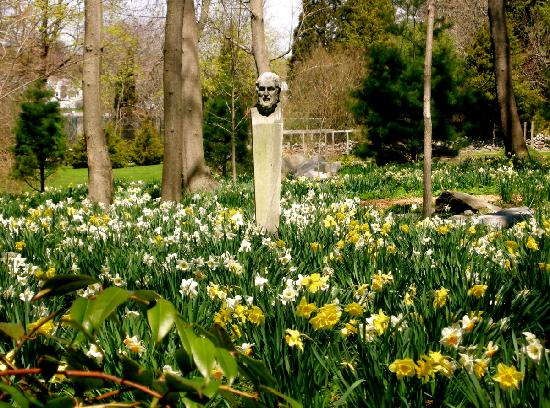 Grounds Picture Of Blithewold Mansion Gardens Arboretum Bristol Tripadvisor