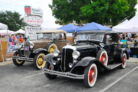 Vintage Car Show At The Vero Beach Hisbiscus Festival Picture Of - Vero beach car show
