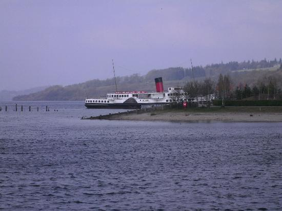 Glenmorag Hotel : boat on Loch Lommond being restored costing millions of pounds