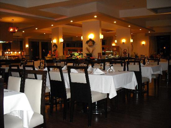 Vuni Palace Hotel: Restaurant