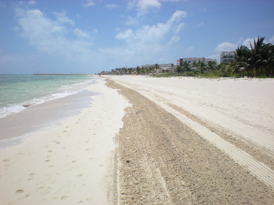 Playa Mujeres, Meksika: Clean Beach
