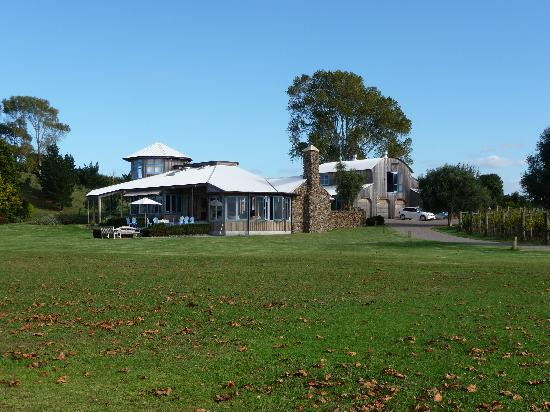 The Point Lodge : view from the shore