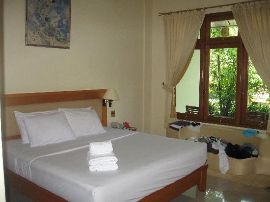 Febri's Hotel & Spa: The room
