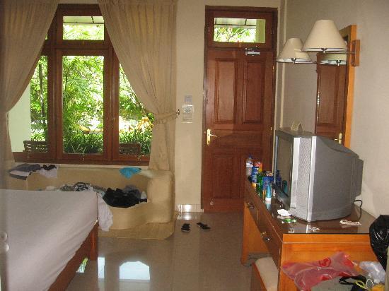 Febri's Hotel & Spa: A clean room
