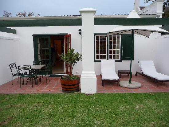 Steenberg Hotel: Outside Patio