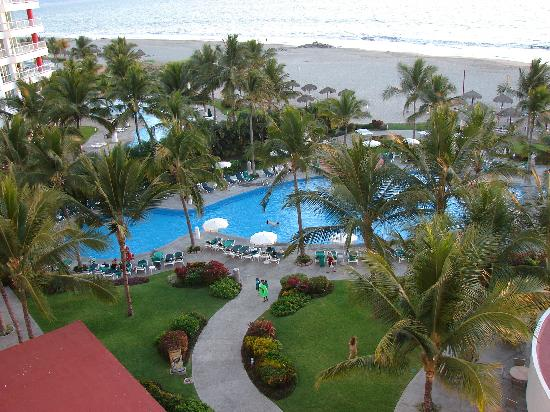 Gorgeous grounds and pool Picture of Sea Garden Nuevo Vallarta