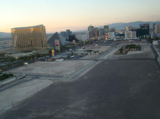 Las Vegas Sundance Helicopter Tours on sundance helicopter crash las vegas, sunset helicopter tour las vegas, maverick helicopters las vegas,