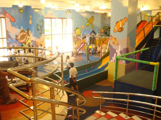 Shangri-La's Boracay Resort & Spa: kids amusement center