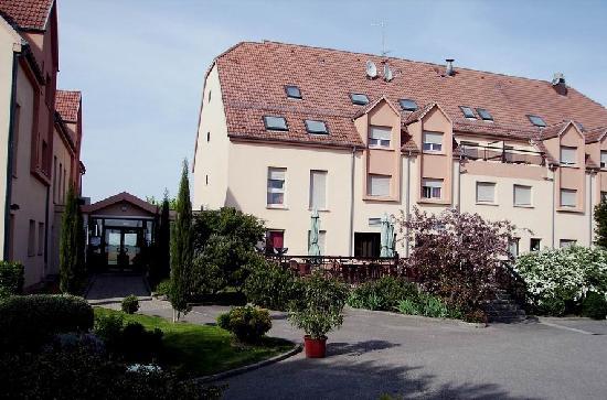 Erstein, Francja: Hotel Rückseite