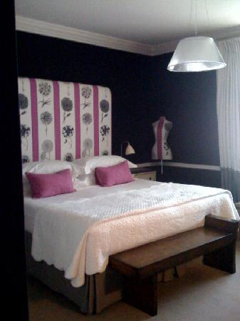 Covent Garden Hotel Room 306 Pink And Black